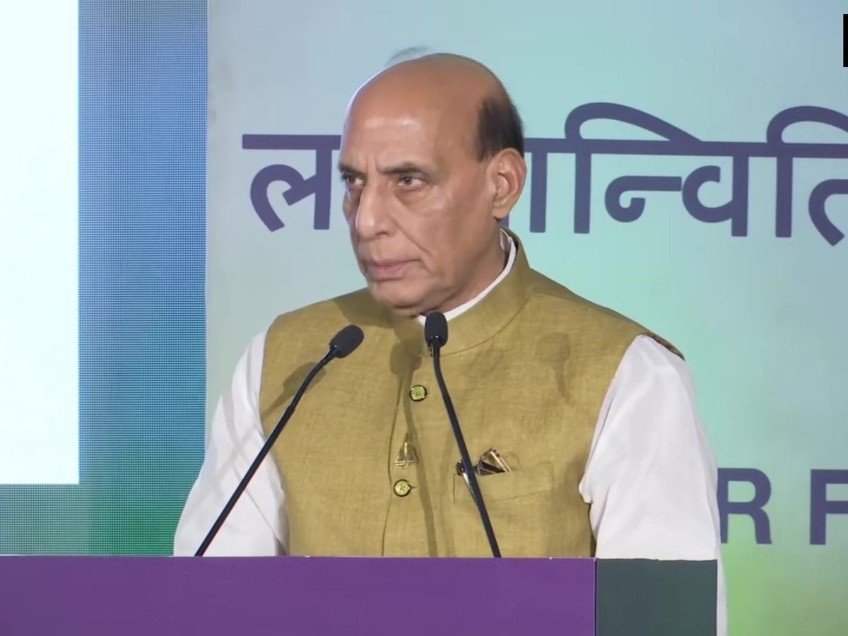 1971 کی جنگ انسانیت اور جمہوریت کے وقار کی حفاظت کے لیے لڑی گئی تھی: راج ناتھ