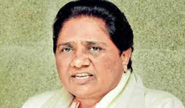 اعظم گڑھ میں دلت کے قتل پر مایاوتی نے حکومت کی تنقید کی