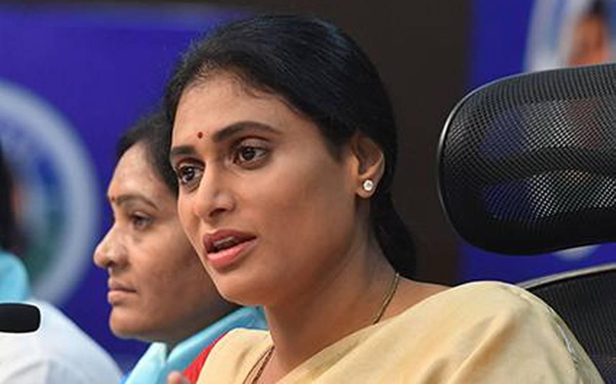 وزیراعلی ملازمتیں فراہم کریں یا مستعفی ہوجائیں:شرمیلا