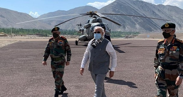 وزیر اعظم مودی کا اچانک لداخ دورہ