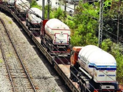 دسویں آکسیجن ٹرین حیدرآباد پہنچ گئی
