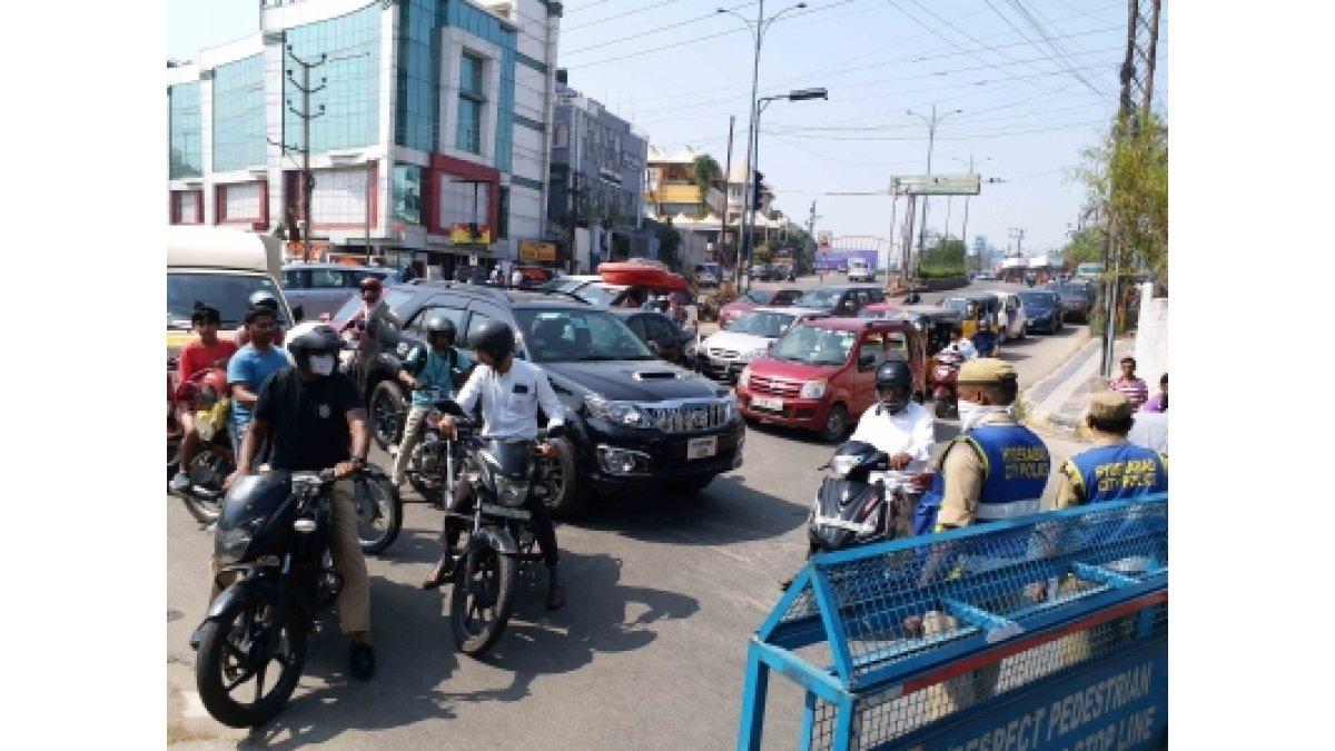 حیدرآباد میں مال بردار گاڑیوں کے اوقات محدود