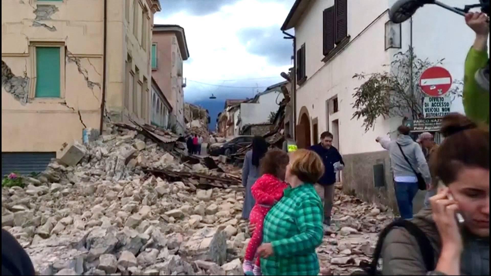 اٹلی میں 6.6 شدت کا زلزلہ، متعدد افراد زخمی