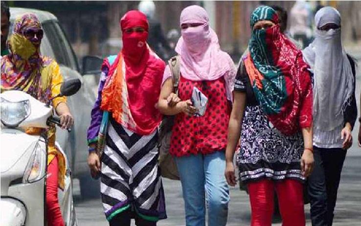 دہلی میں ریکارڈ توڑ گرمی، درجہ حرارت 48 ڈگری پہنچا