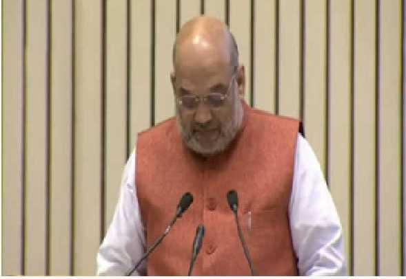 ملک کے عوام بنیادی کاموں میں ہندی کا استعمال کرنے کا عہد کریں: شاہ