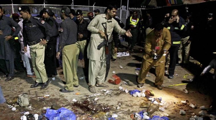 پاکستانی فوج نے پشتونوں پر برسائے بم، ہزاروں افراد بے گھر، افغانستان میں مانگی پناہ
