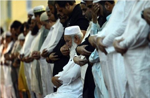 بڑی بنچ میں نہیں جائے گی مسجد میں نماز پڑھنے کا معاملہ