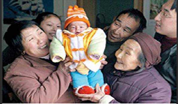 چین نے تین بچے پیدا کرنے کی منظوری دی