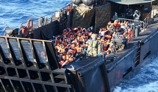 اٹلی کے ساحلی محافظوں نے 6500 مہاجرین کو بچا یا