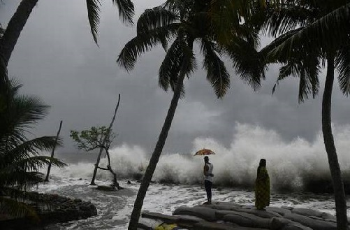 بحیرہ عرب میں خطرناک سمندر ی طوفان کی وارننگ