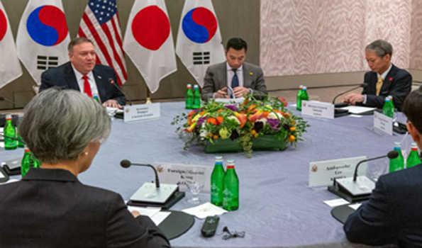 جاپان، جنوبی کوریا کے وزرائے خارجہ سے پومپيو کی ملاقات