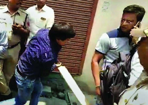 کیلاش وجے ورگیہ کے بیٹے آکاش کو بھوپال کی عدالت سے ملی ضمانت
