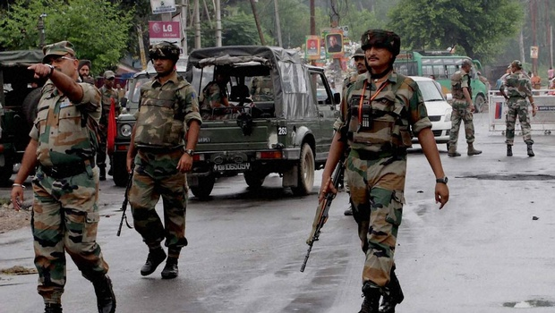 بارہمولہ میں جنگجوؤں کا فوج کے قافلے پر گھات لگاکر حملہ، 2 فوجی اور ایک پولیس اہلکار ہلاک، 3 دیگر زخمی