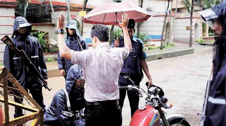 ہندوستانی اسلحہ تاجر ڈھاکہ میں گرفتار