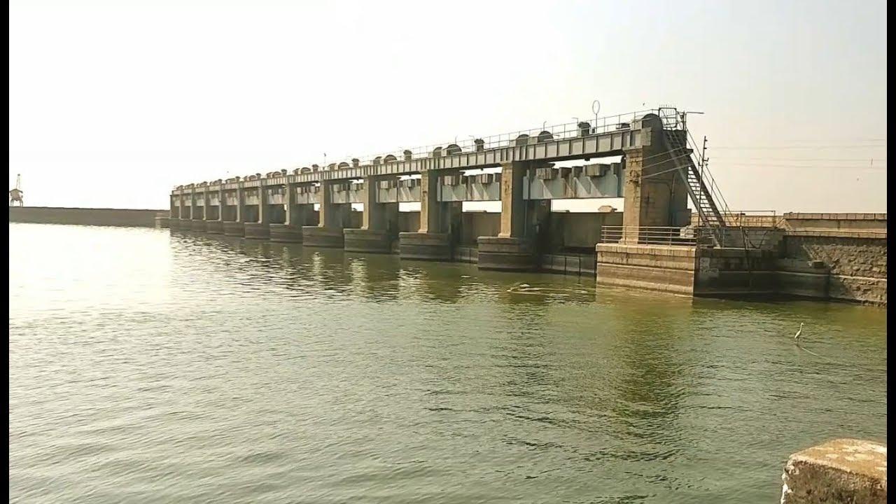 تلنگانہ: نظام ساگر ڈیم کے 11دروازے کھولتے ہوئے پانی چھوڑاگیا