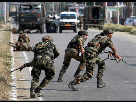 کشمیر میں جنگجوؤں اور سکیورٹی فورسز کے درمیان تصادم